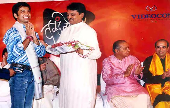 ravi with Vilashrav new